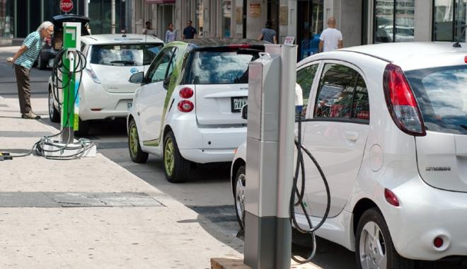 Foto: Turul României cu mașina electrică. Peste 800 de puncte  de încărcare, finalizate în 2016