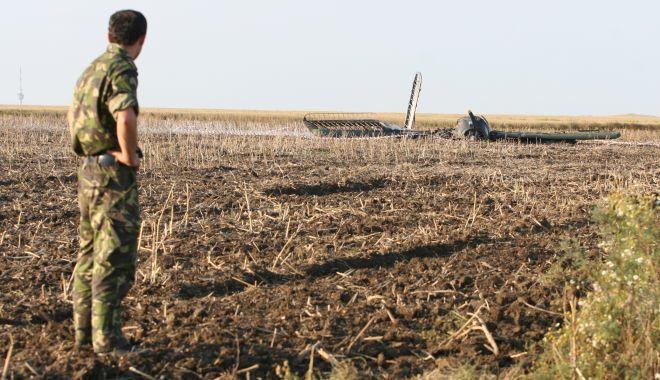 Un deceniu de la tragedia aviatică de la Tuzla. O anchetă fără vinovați și răni fără alinare! - tuzlaaccidaviatic2-1593958096.jpg