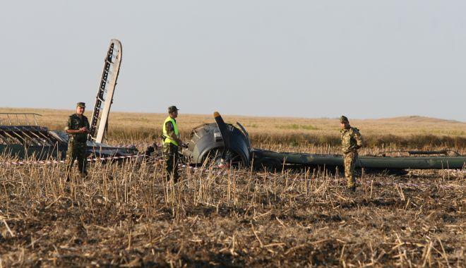 Un deceniu de la tragedia aviatică de la Tuzla. O anchetă fără vinovați și răni fără alinare! - tuzlaaccidaviatic3-1593958116.jpg