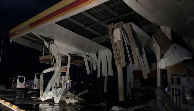 Foto: STARE DE URGENȚĂ! Furtună violentă în Halkidiki, doi turiști români au murit