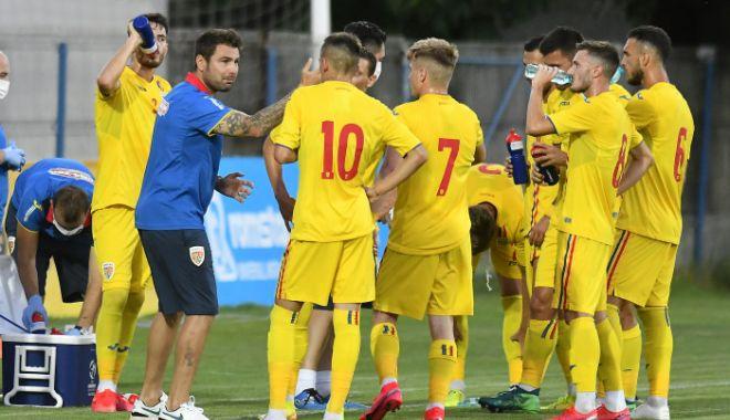 România U21, învinsă în preliminariile pentru Europeanul de tineret - ucrainau21romaniau21-1602266831.jpg