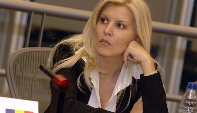 Elena Udrea susține că nu are de gând să plece din România - udrea-1614973562.jpg
