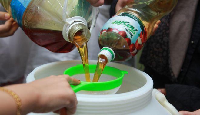Uleiul uzat, reciclat la hipermarketurile Auchan - uleiuzatreciclatsursaceicunoi-1603376145.jpg