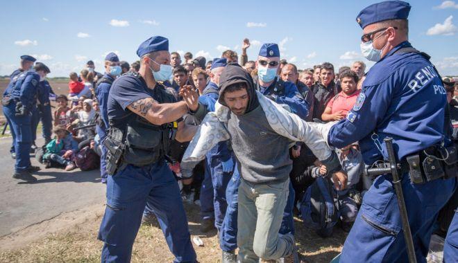 Foto: Ungaria cere UE un dialog constructiv cu Turcia pentru a preveni un nou val de refugiați