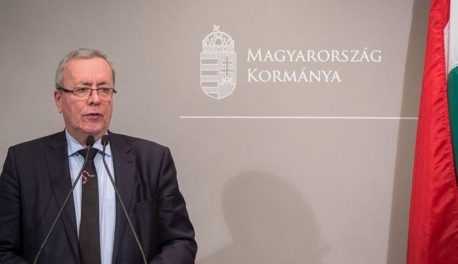 Foto: Ungaria suspendă primirea cererilor de azil la frontieră, invocând coronavirusul