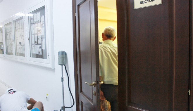 UPDATE / PERCHEZIȚII la UNIVERSITATEA OVIDIUS din CONSTANȚA. Rectorul DĂNUȚ EPURE, suspectat de fapte de corupție - universitateaovidiusanchetarecto-1375194491.jpg