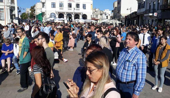 Foto: Mult succes, studenți! Deschidere de an universitar, în Piața Ovidiu