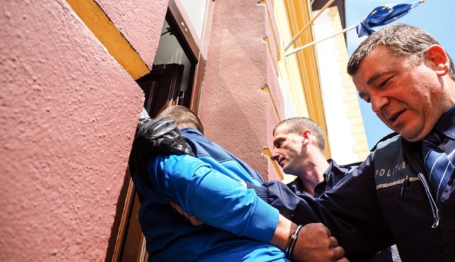 Un minor a comis mai multe furturi în timp ce era arestat la domiciliu - unminor-1491577751.jpg