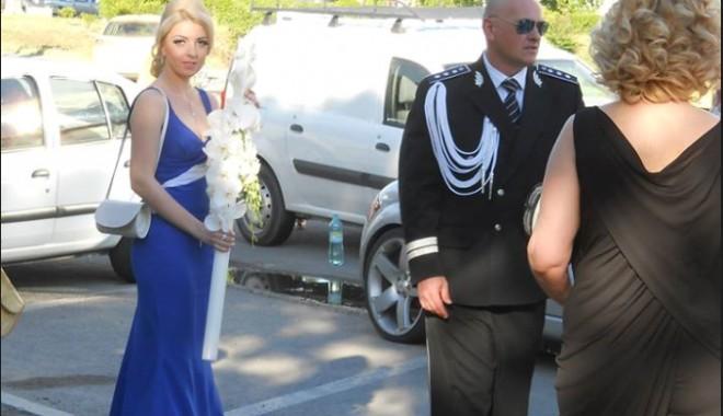 Galerie FOTO. NUNTA ANULUI LA CONSTANȚA / Managerul Iaki Mamaia și șeful Crimei Organizate s-au căsătorit în stil rock-baroc - untitled-1370161547.jpg