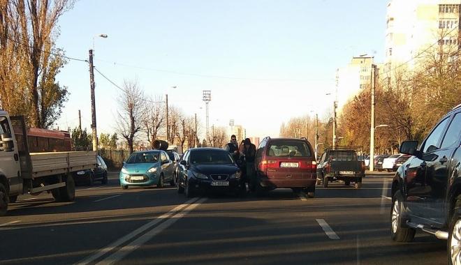 Foto: Accident rutier la Constanța. Două mașini implicate