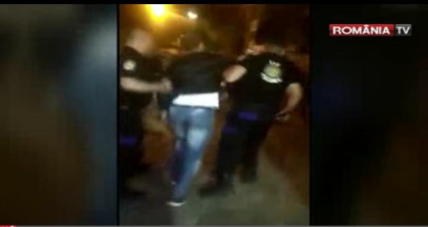 Foto: VIDEO. Scene violente pe litoral. AGENȚI DE PAZĂ ATACAȚI CU DRUJBA!