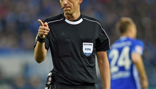 Foto: Un arbitru turc va împărți dreptatea la partida România - Spania