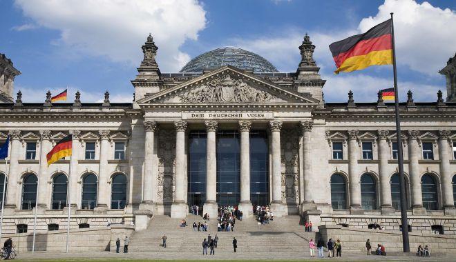 Foto: Urmașii victimelor nazismului pot primi rapid cetățenie germană