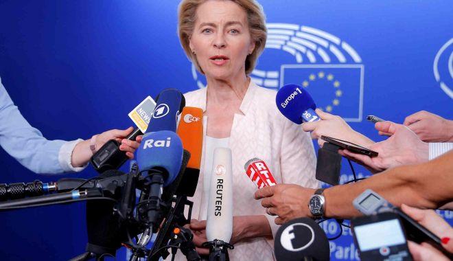Ursula von der Leyen i-a cerut lui Boris Johnson să propună un comisar european - ursula-1573160746.jpg