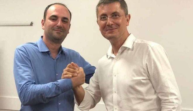 Foto: Dumitru Caragheorghe votează Dan Barna