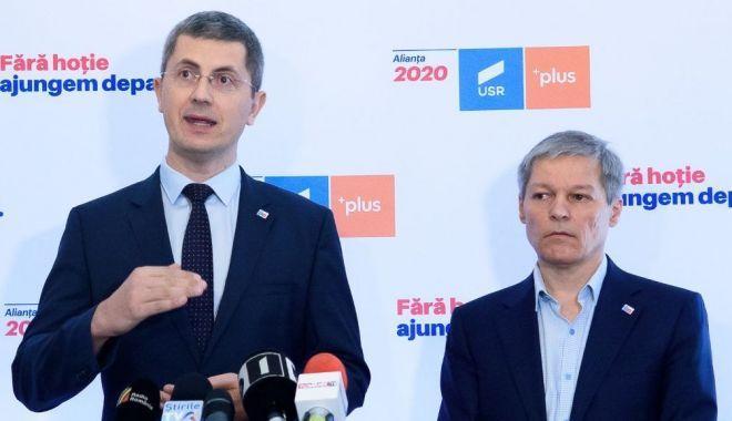 Liderii USR PLUS anunță începerea strângerii de semnături pentru alegerile locale - usr2-1595263805.jpg