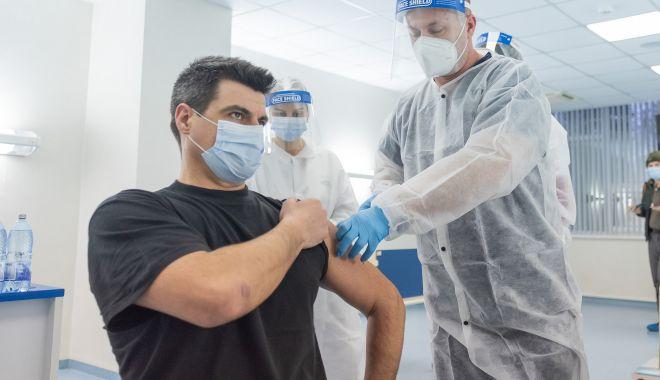 Peste 60.000 de români s-au vaccinat anti-COVID în ultimele 24 de ore - vac-1619883355.jpg
