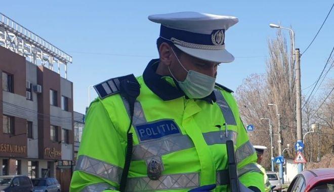 """Supărare în rândul polițiștilor: """"Ținem piept pandemiei în stradă, dar când vom fi vaccinați antigripal?"""" - vaccinarepolitisti2-1605814473.jpg"""