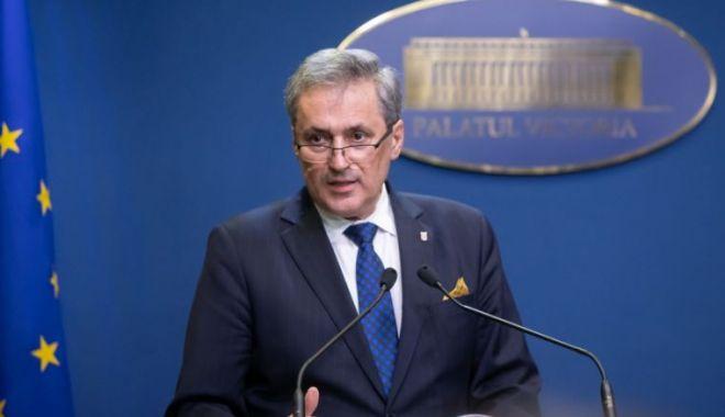 Foto: Ministrul Marcel Vela vine în inspecție la Constanța