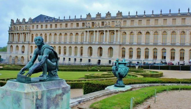 Palatul Versailles poate fi vizitat în realitate virtuală - versaillespalat820x500-1573650033.jpg