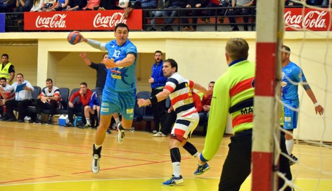 Victorie superbă pentru HC Dobrogea, în derby-ul cu Steaua - victorie1-1477587498.jpg