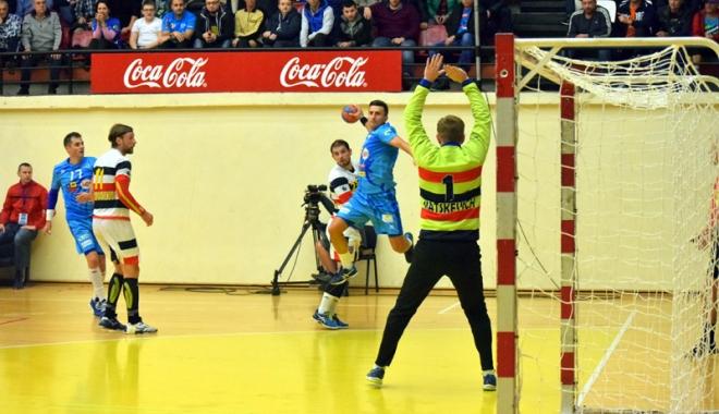 Victorie superbă pentru HC Dobrogea, în derby-ul cu Steaua - victorie3-1477587521.jpg