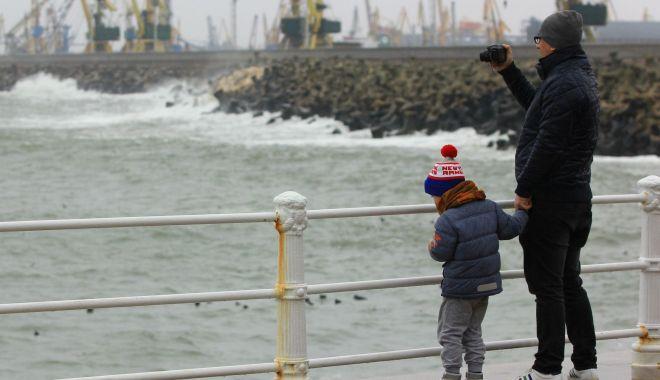Vine frigul la Constanța! Meteorologii au transmis o informare de vreme rea, în zilele următoare - vinefrigul-1570016627.jpg
