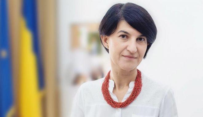 """Ministrul Violeta Alexandru: """"Noua legislatură vizează un set de proiecte"""" - violetaalexandruparlamentare-1607024738.jpg"""