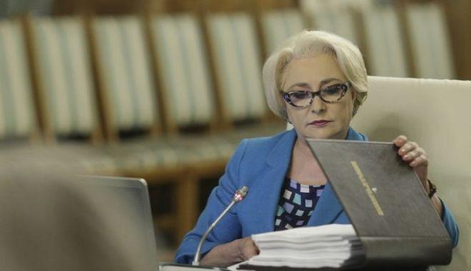 Guvernul s-a reunit în ședință. Viorica Dăncilă nu a anunțat o OUG pe justiție - vioricadancilaoctavganea640x400-1531828323.jpg