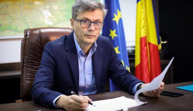 Virgil Popescu: Acordul Comisiei Europene pentru reactoarele 3 şi 4 permite demararea în forţă a parteneriatului cu americanii - virgilpopescu1200x799-1605895973.jpg
