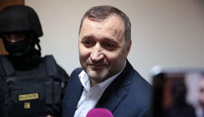 Foto: Fostul premier moldovean Vlad Filat a fost eliberat din închisoare