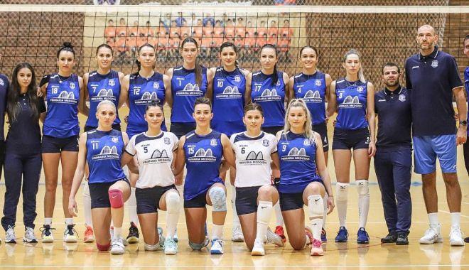 Volei / Trei meciuri pentru CS Medgidia în turneul şase la DA 1 feminine - volei812-1607439069.jpg