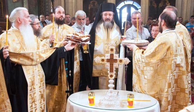 Foto: Vor avea curaj să înhame Biserica și Armata la jugul bugetar?
