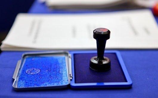 Vot diaspora. A doua zi de vot pentru românii din străinătate; Peste 100.000 au votat până acum - vot-1573293495.jpg
