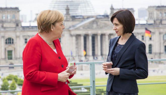 """Foto: """"Vrem să fim acceptați în UE ca stat-membru de încredere"""""""