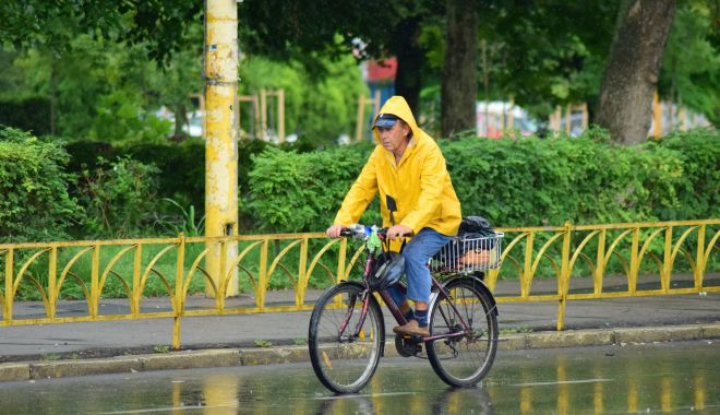 Continuă ploile, la Constanţa. Ce veşti aduc meteorologii - vreme-1623780037.jpg