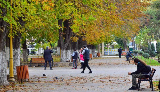 Vreme închisă şi ploi sporadice, la Constanţa - vremea-1604431214.jpg