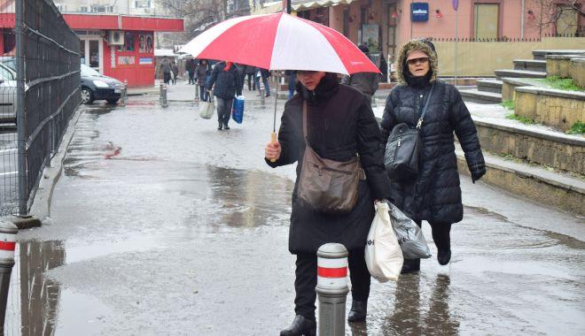Vreme rece şi noroasă, la Constanţa - vremea4-1605121823.jpg