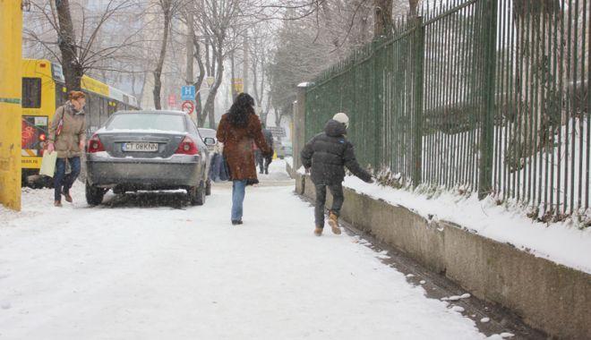 Foto: NINSORI ȘI VISCOL LA CONSTANȚA! IARNA NE PREGĂTEȘTE O NOUĂ RUNDĂ DE ZĂPEZI