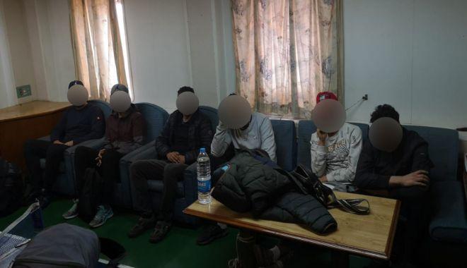 Cine sunt cele șase persoane salvate de pe o navă, la Constanța - whatsappimage20191117at235625-1574062512.jpg