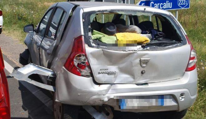 GALERIE FOTO / ACCIDENT GRAV provocat de un năvodărean. Trei MAȘINI DISTRUSE, un bărbat și un copil au ajuns la spital! - whatsappimage20210727at130124-1627380284.jpg