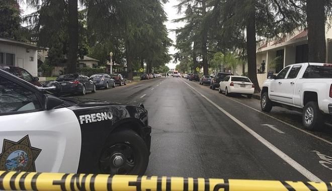 ATAC ARMAT ÎN CALIFORNIA. Trei bărbați împușcați mortal - wire4198591492548645208634x449-1492579338.jpg