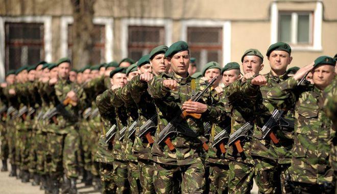 Foto: Copiii militarilor decedați sau răniți în teatrele de operații, sărbătoriți de MApN pe 1 iunie