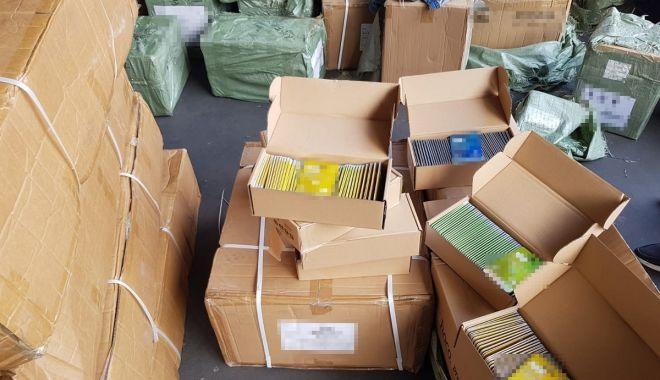 Containere cu articole electronice, aduse din China, confiscate de Garda de Coastă - xpachetegarda-1634120213.jpg
