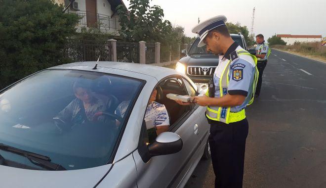 """Polițiștii de la Rutieră au ieșit la """"vânătoare"""": ZECI DE PERMISE REȚINUTE, în județul Constanța! - xrutiera-1631620490.jpg"""