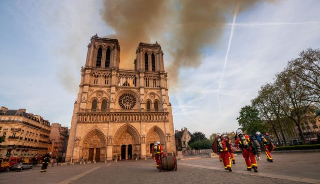 Când va fi redeschisă Catedrala Notre-Dame din Paris - ywm5y2viyjzkndg2yzzjnjgzzwyymjyy-1618470845.jpg