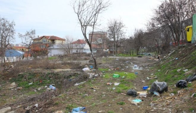 Zeci de saci de gunoaie, adunaţi din cartierul Anadalchioi din Constanţa - zecidesacigunoaie-1615899503.jpg