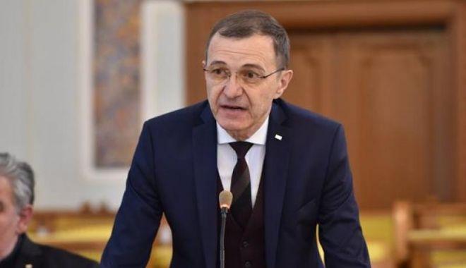 Foto: Președintele Academiei Române: Să se aplice varianta cea mai bună, să se facă educație față în față