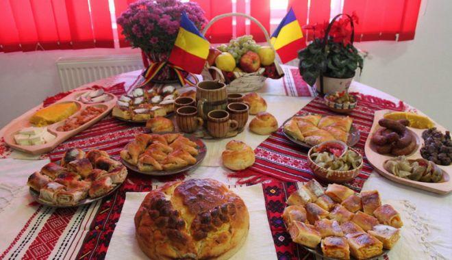 Zilele Dobrogei, sărbătorite la Pavilionul Expozițional - zileledobrogei-1541779996.jpg