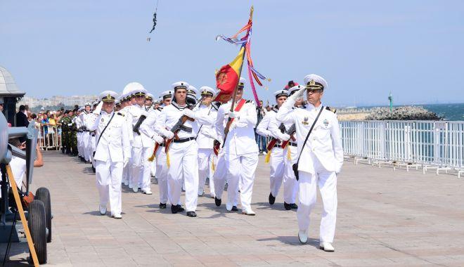Constanța - capitala Mării Negre! Spectacol pe faleza de la Cazino, de Ziua Marinei - ziuamarinei-1565822349.jpg
